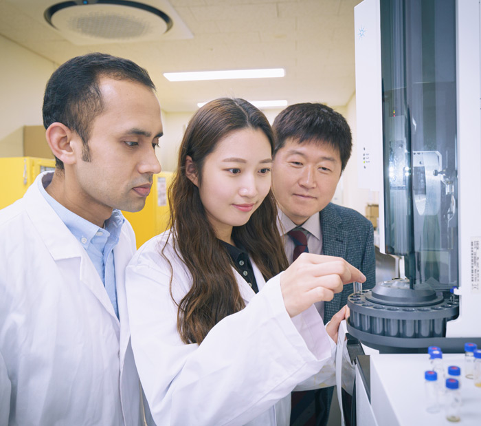 Research team led by Professor In-Su Kim at School of Pharmacy, Sungkyunkwan University proposes signals for developing